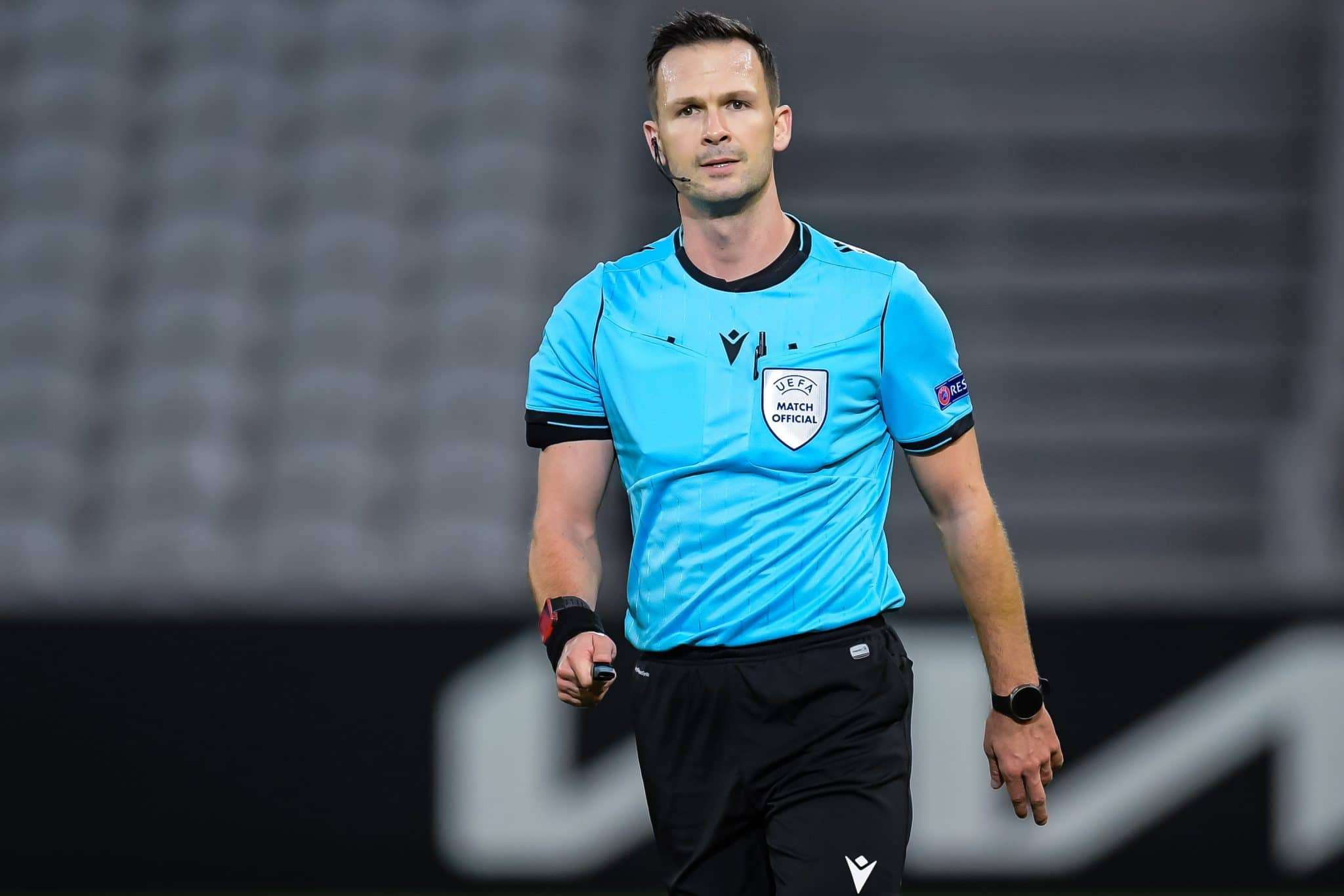 LILLE, FRANCE - FEBRUARY 18: referee Ivan Kruzliak during the UEFA Europa League match between Lille OSC and Ajax at Stade Pierre Mauroy on February 18, 2021 in Lille, France (Photo by Gerrit van Keulen/BSR Agency/Getty Images)