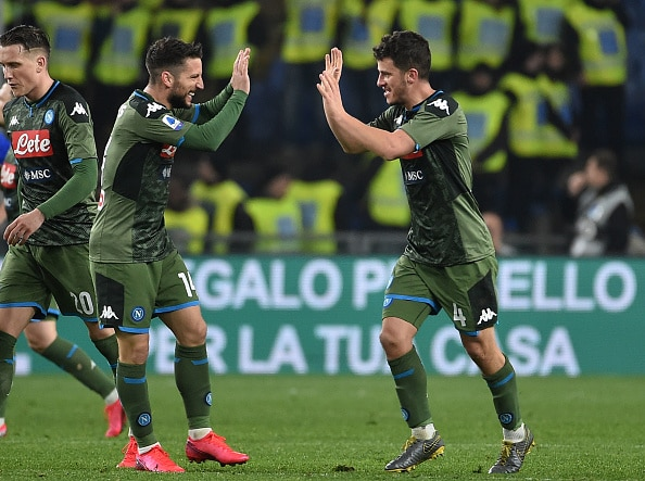 GENOA, ITALY - FEBRUARY 03: Diego Demme of SSC Napoli (R) celebrates with Dries Mertens (L) after scoring a goal to make it 2-3 during the Serie A match between UC Sampdoria and SSC Napoli at Stadio Luigi Ferraris on February 3, 2020 in Genoa, Italy. (Photo by Paolo Rattini/Getty Images)