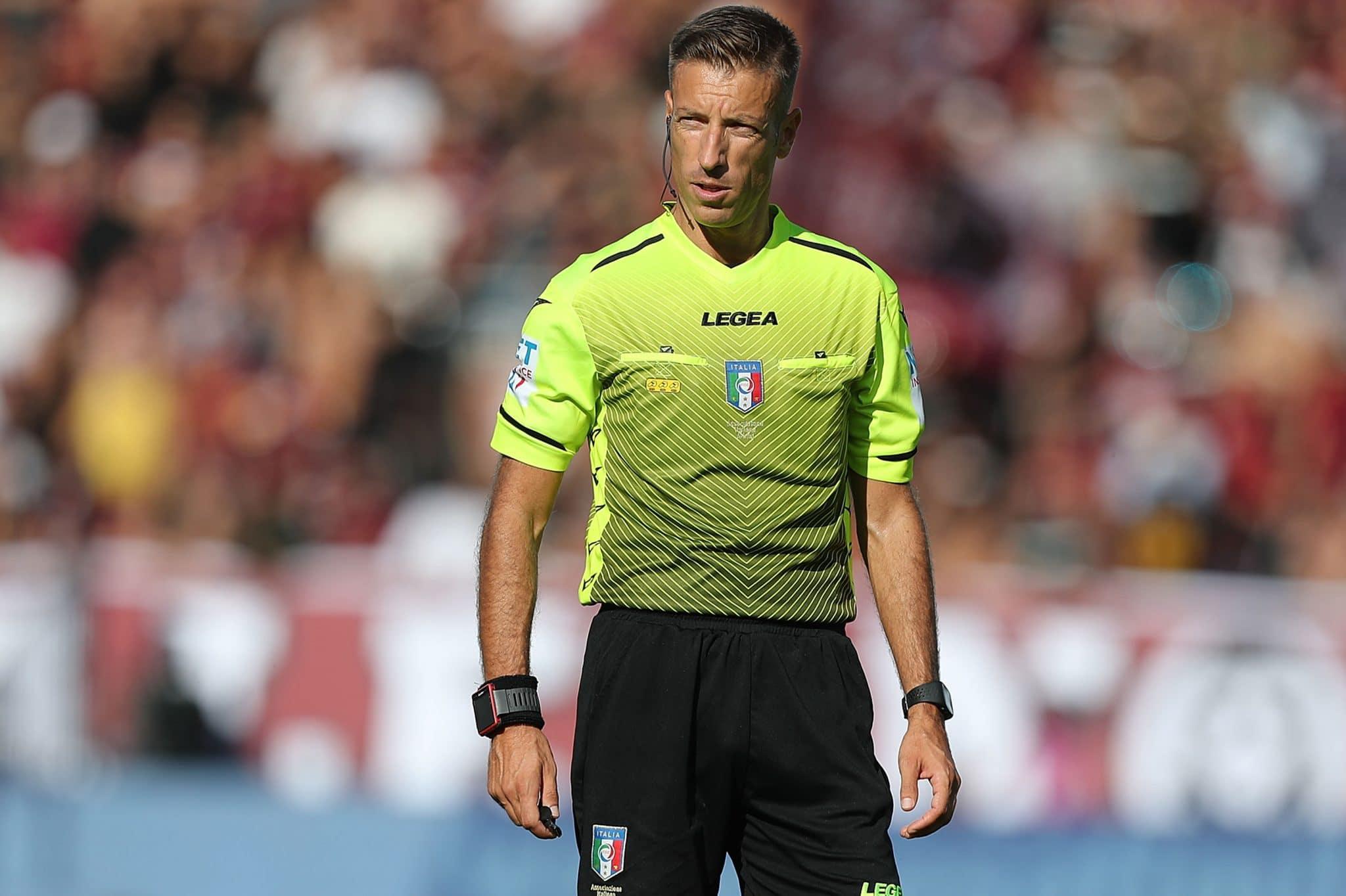 LA SPEZIA, ITALY - OCTOBER 16: Davide Massa referee during the Serie A match between Spezia Calcio and US Salernitana at Stadio Alberto Picco on October 16, 2021 in La Spezia, Italy.  (Photo by Gabriele Maltinti/Getty Images)