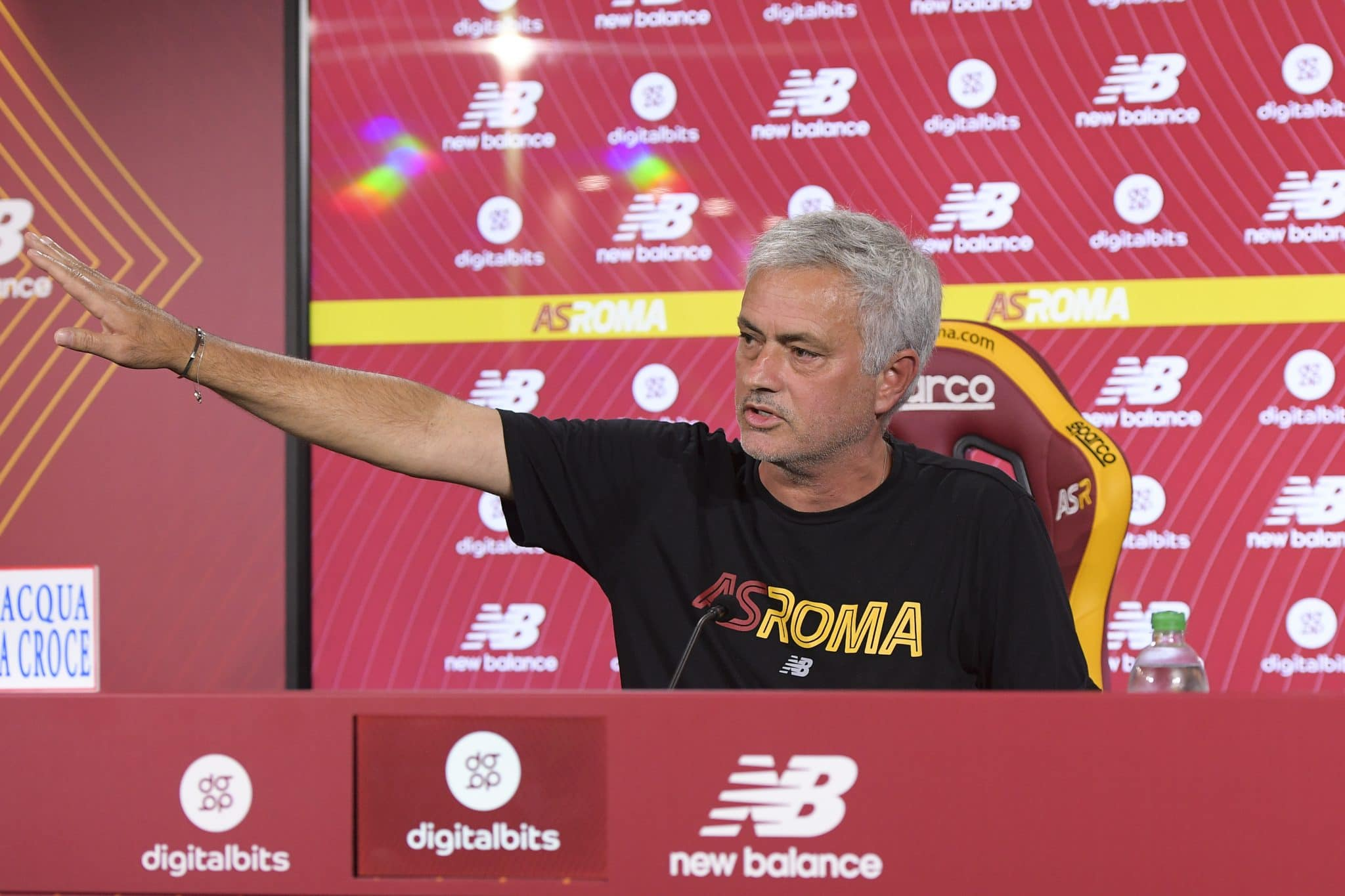 ROME, ITALY - OCTOBER 23: Josè Mourinho during an AS Roma press conference at Centro Sportivo Fulvio Bernardini on October 23, 2021 in Rome, Italy. (Photo by Luciano Rossi/AS Roma via Getty Images)