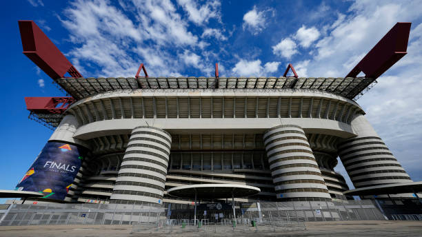 MILAN, ITALY - OCTOBER 06: (BILD OUT) . general view outside the stadium prior to the UEFA Nations League Semi-Final match between the Italy and Spain at San Siro Stadium on October 6, 2021 in Milan, Italy. (Photo by Alex Gottschalk/DeFodi Images via Getty Images)