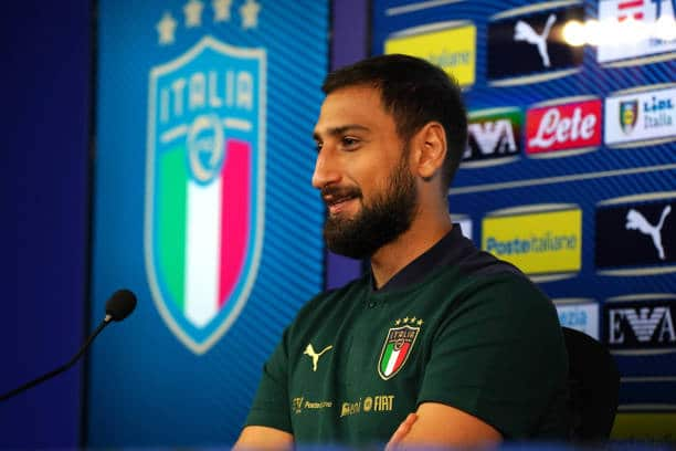 COMO, ITALY - OCTOBER 04: Gianluigi Donnarumma of Italy speaks with the media during a press conference at Appiano Gentile on October 04, 2021 in Como, Italy. (Photo by Claudio Villa/Getty Images)